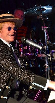Elton John Tribute (Steve Hollington)
